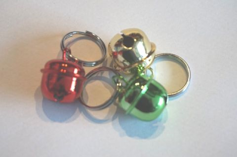 CHRISTMAS CAT BELLS X 3 - RED GREEN AND GOLD LOUD CAT BELLS